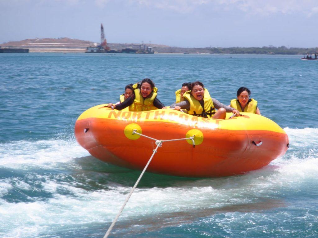 donut boat water sport bali